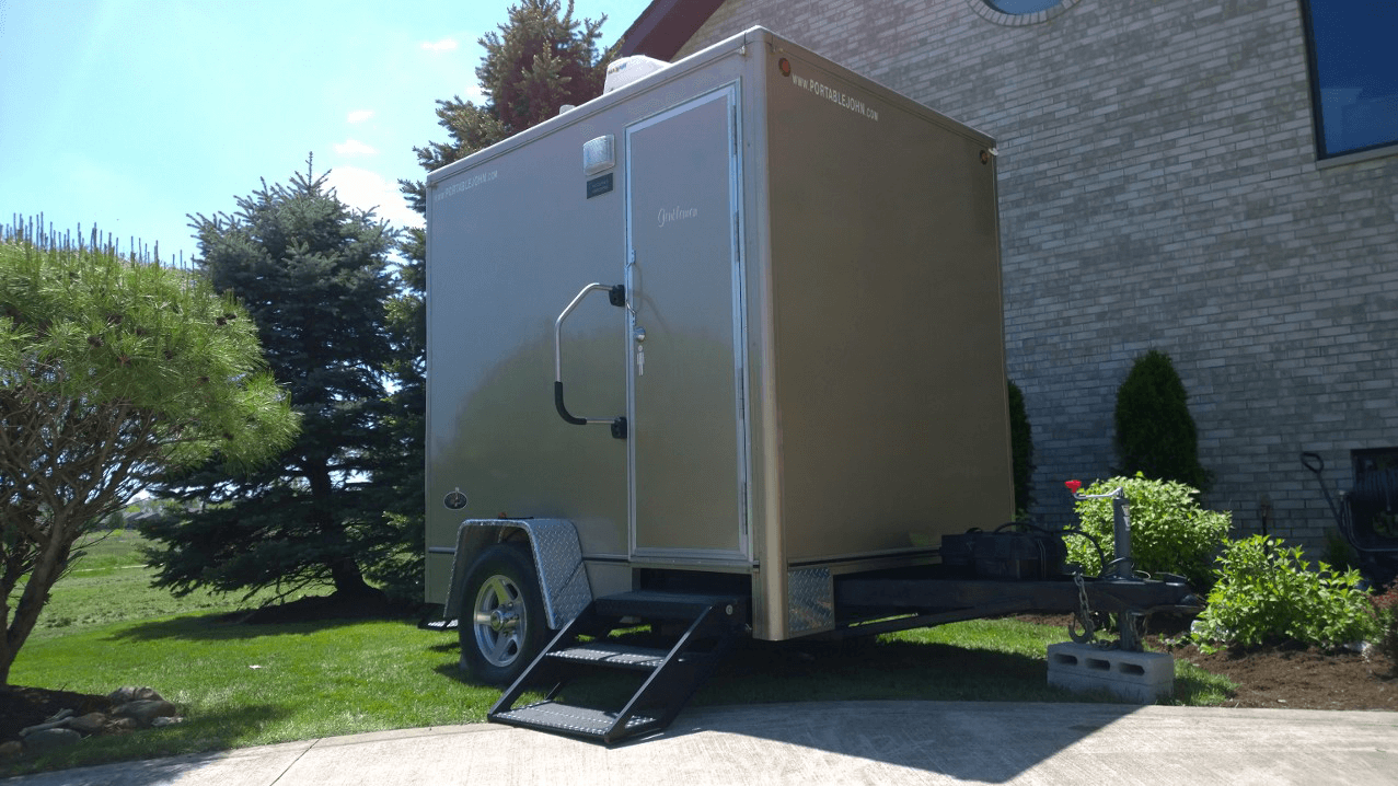 Porta Lisa Luxury Restroom Trailer Rental Toilet Trailer Rentals - Bathroom trailer rentals